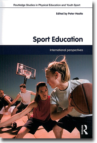 Peter Hastie (red) Sport Education: International Perspectives 222 sidor, hft. Abingdon, Oxon: Routledge 2012 (Routledge Studies in Physical Education and Youth Sport) ISBN 978-0-415-78160-2