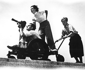 Leni Riefenstahl regisserar.