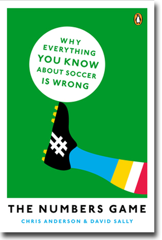 Chris Anderson & David Sally The Numbers Game: Why Everything You Know About Football is Wrong 384 sidor, hft. New York, NY: Viking 2013 ISBN 978-0-14-312456-6