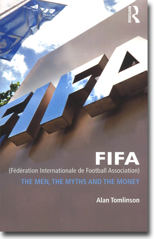Alan Tomlinson FIFA (Fédération Internationale de Football Association): The Men, the Myths and the Money 195 sidor, hft. Abingdon, Oxon: Routledge 2014 ISBN 978-0-415-49831-9