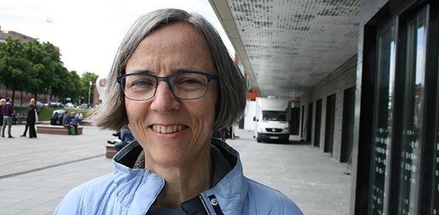 Juristen och tidigare medeldistanslöparen Sylvia Schenk tröttnade på hemlighetskulturen inom de stora idrottsorganisationerna. Nu föreläser hon världen runt om antikorruptionsstrategier på uppdrag av organisationen Transparency International