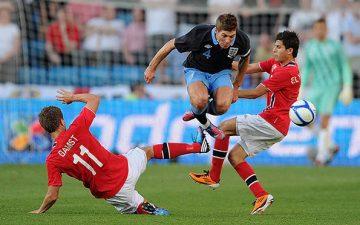 Velskreven og opplysende redegjørelse for norsk fotballs oppgang og nedturer