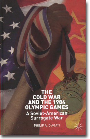 Philip A. D'Agati The Cold War and the 1984 Olympic Games: A Soviet-American Surrogate War 197 sidor, inb. Basingstoke, Hamps.: Palgrave Macmillan 2013 ISBN 978-1-137-33061-1