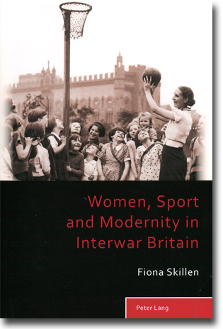 Fiona Skillen Women, Sport and Modernity in Interwar Britain 270 sidor, hft. Bern: Peter Lang Publishing Group 2013 (Sport, History and Culture) ISBN 978-3-0343-0275-3