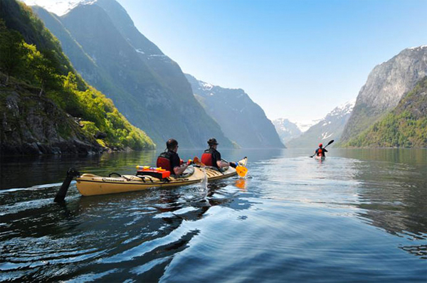kayaking-in-norway