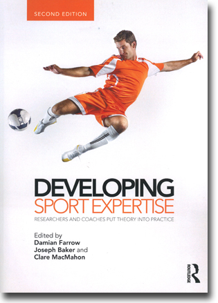 Damian Farrow, Joseph Baker & Clare MacMahon (red) Developing Sport Expertise: Researchers and coaches put theory into practice 274 sidor, hft. Abingdon, Oxon: Routledge 2013 ISBN 978-0-415-52524-4