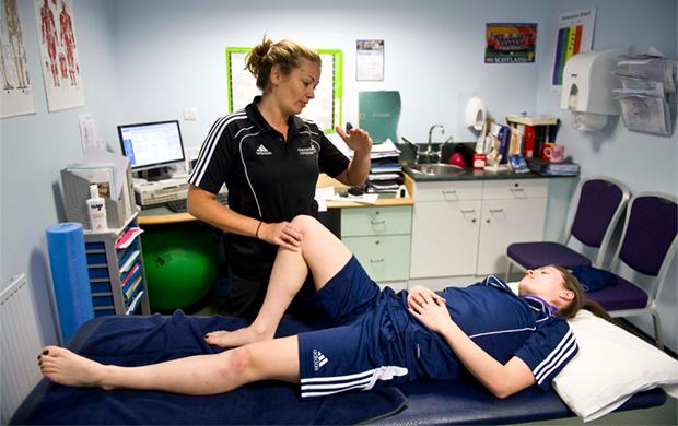 sport-medicine-therapy