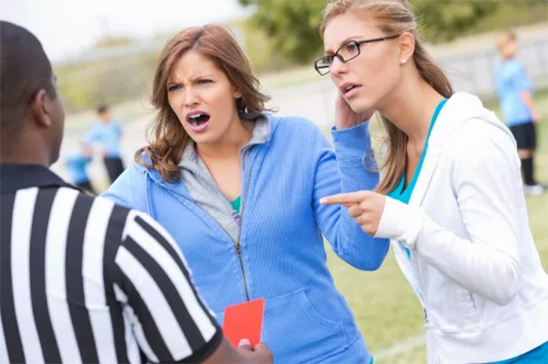 soccer mom etiquette: Don't berate coaches or officials 2. No sideline coaching 3. Familiarize yourself with the game 4. Pack plenty of healthy snacks 5. Don't put undue pressure on your child Final five rules after the jump 6. Don't force your child to play 7. Encourage plenty of practice 8. Model good sportsmanship 9. Don't criticize the other team 10. Encourage kids after a loss, don't lecture